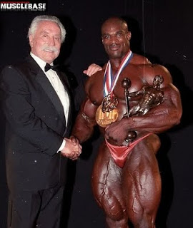 I shook and had my picture taken with Ronnie Coleman as well before he became Mr. Olympia, but I don't think he was as honored as in this shot with Joe